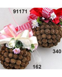Casuarina Kugel dekoriert Frühling  / 91171