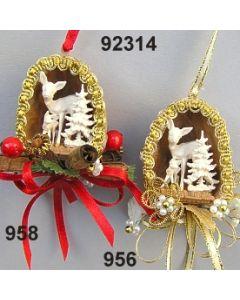 Nuss mit Reh & Baum dekoriert / 92314