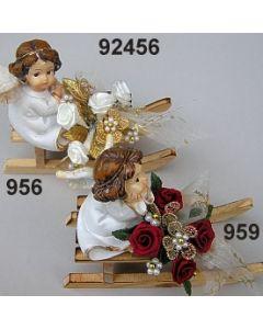 Engel auf Schlitten dekoriert  / 92456